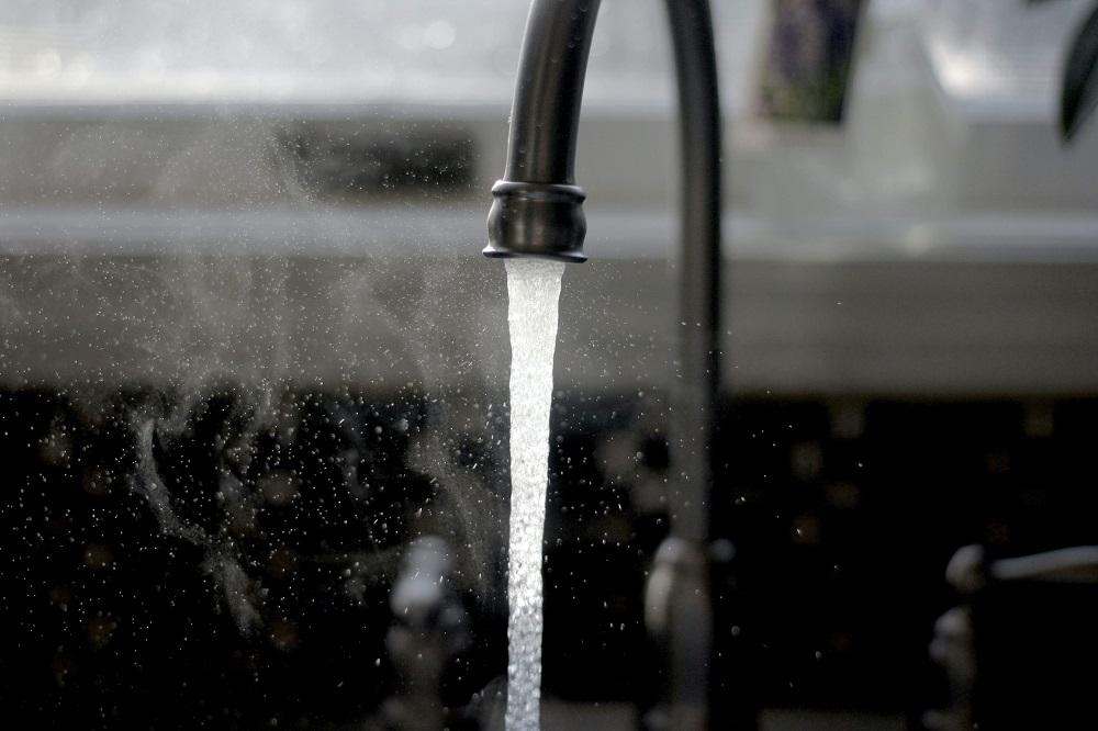 Hot water - tap